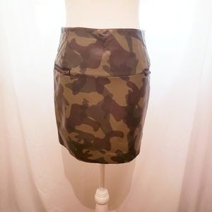 Sam Edelman Faux Leather Camo Skirt Size 4 NWOT
